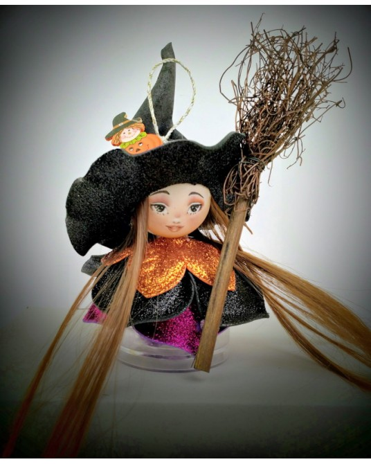 kit kitty Witch 2019